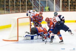 hokej-he-lm12.jpg